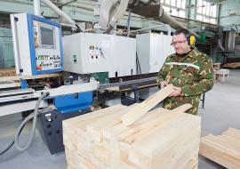 Изготовление деталей коробки оконного блока